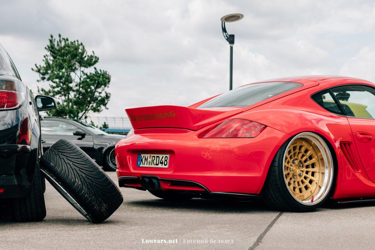 Слева колесо нашего соотечественника из Bellyrubbers, а справа Porsche Cayman из Топ 8